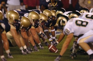 アメリカンフットボールNFLがクライマックスへ!カレッジはチャンピオン決定!ハワイイとの関係は?
