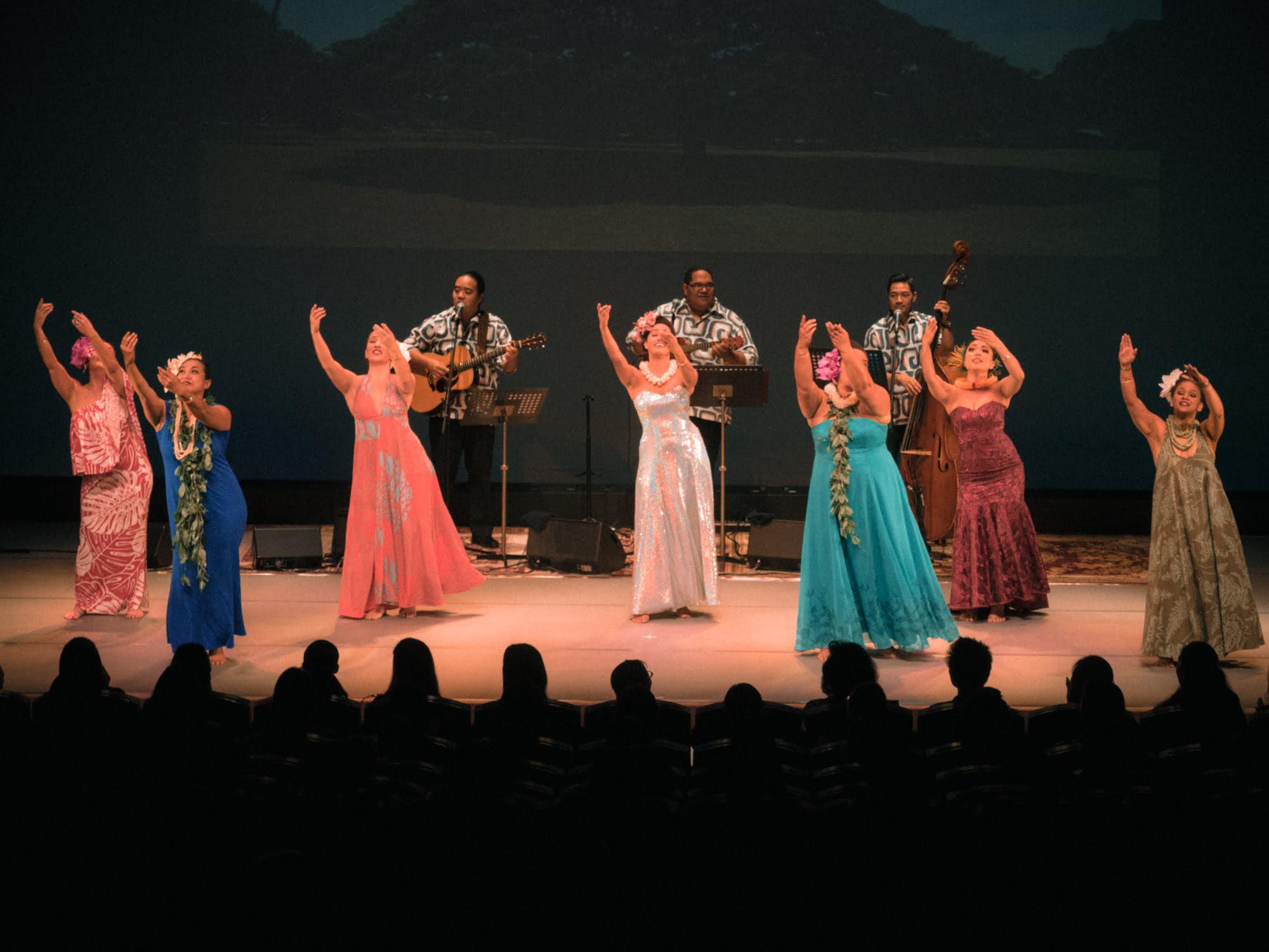 ナ・ヒヴァヒヴァ・ハワイ 2017『前夜祭』は8人のミス・アロハフラ競演!